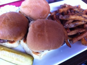Brewer's Coalition, Newton pub, Newton gastropub, Newton restaurant, new restaurant Newton, sliders