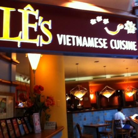 Le's restaurant, Boston vietnamese restaurant, Pho Pasteur