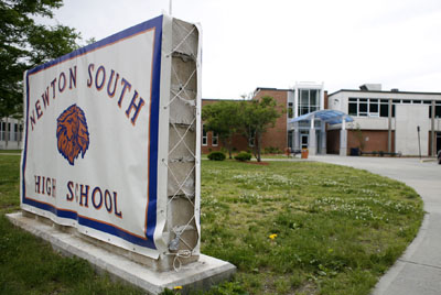 Newton South High School, teen relationships