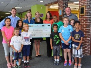 The Capital Grille Gives $1000 to Boys and Girls Club